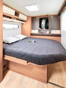 03_rc740_dormitorio_cama.jpg