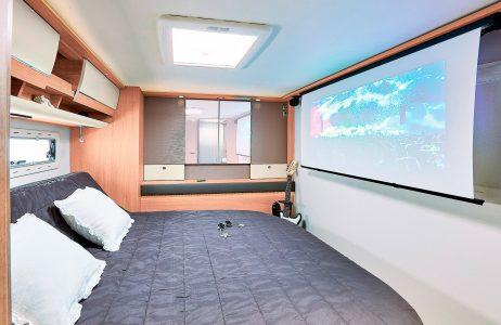 04_rc740_dormitorio_proyector.jpg